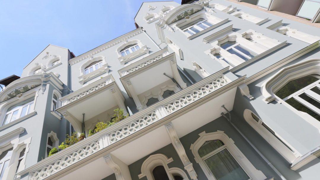 Ausgezeichnete Fassadensanierung: die Green Lady in Hannover