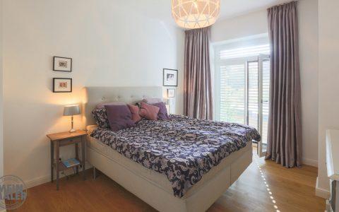 Stadthaus hochwertige Malerarbeiten Hannover glatte Decken Waende stilvoll Weiss Beige Smooth