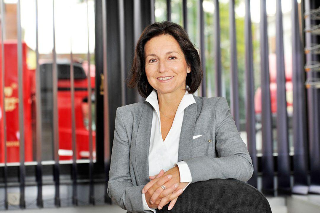 Claudia Rinke Moebelspedition Hannover 04